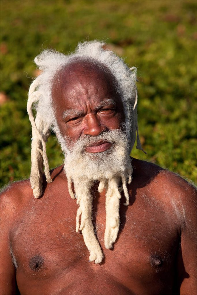 Seni Wenzel, 62, beskučnik, porijeklom iz Solomonskih otoka, Queens