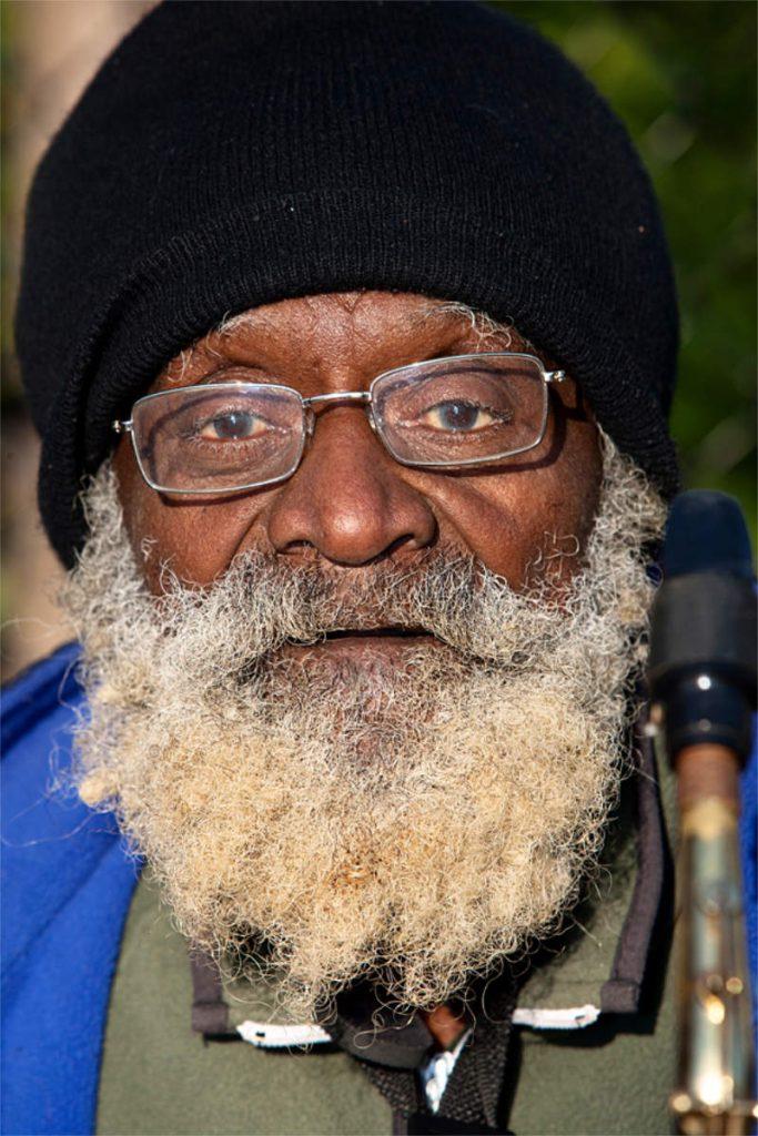 Will Mooney, 69, jazz muzičar, porijeklom iz Luisiane, Washington sq. Park