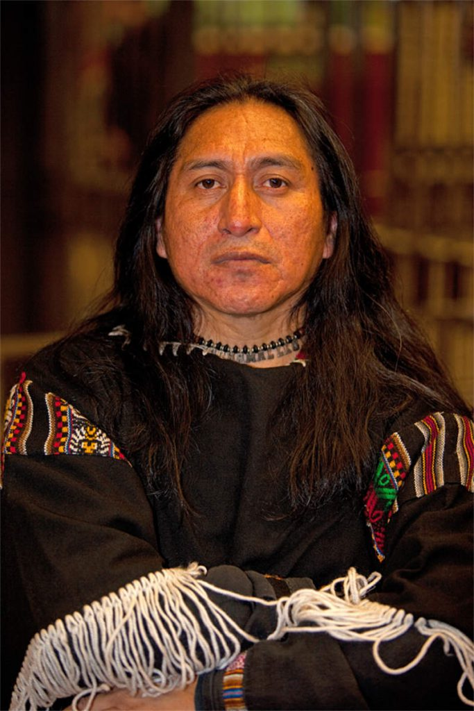 Jachamallku Paucar, 49, muzičar, porijeklom Indijanac (Inka), Subway