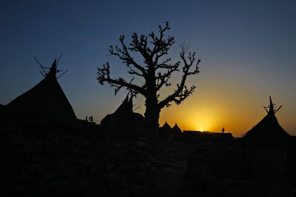 Dogoni su od svih naroda u Zapadnoj Africi do danas ponajviše zadržali animistički svjetonazor.