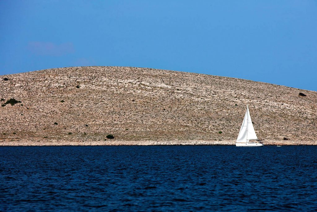 Only sailors and tourists come to Kornati. There is no regular boat line that connects the islands with the mainland.