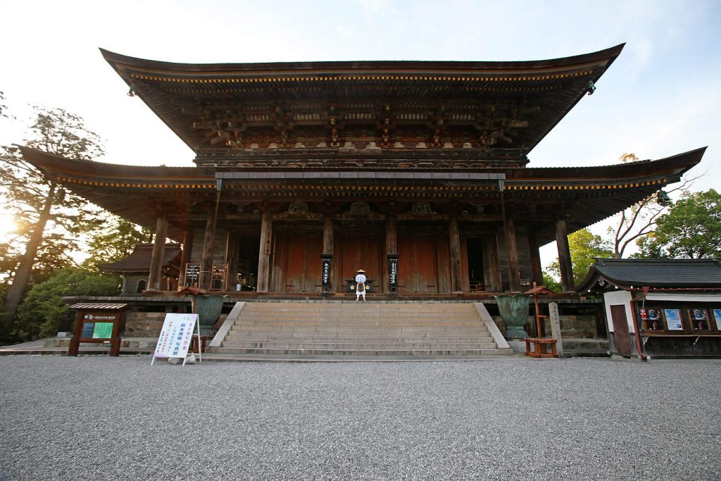 "Kinpusen-ji temple in Yashino is the end of the Omino-okugake-michi route. When monk Katsu Ueno reached it after walking for three exhausting days, he didn't stay there long. ""The way matters, not the goal."""
