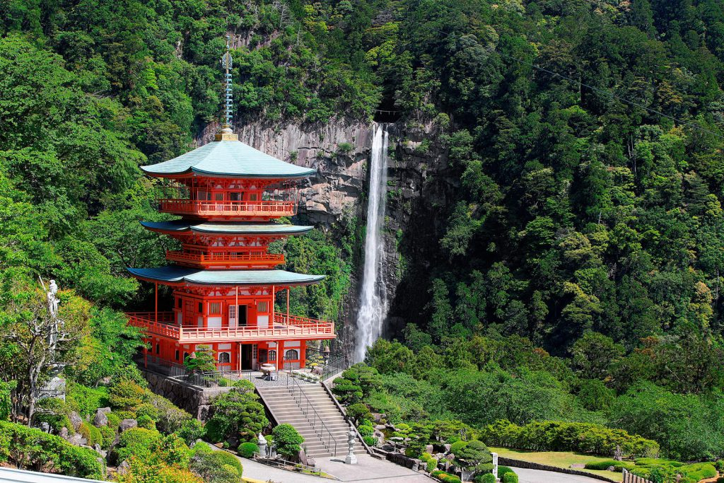 Nachi – the holy waterfall is worshipped by both Shinto followers and Buddhist.