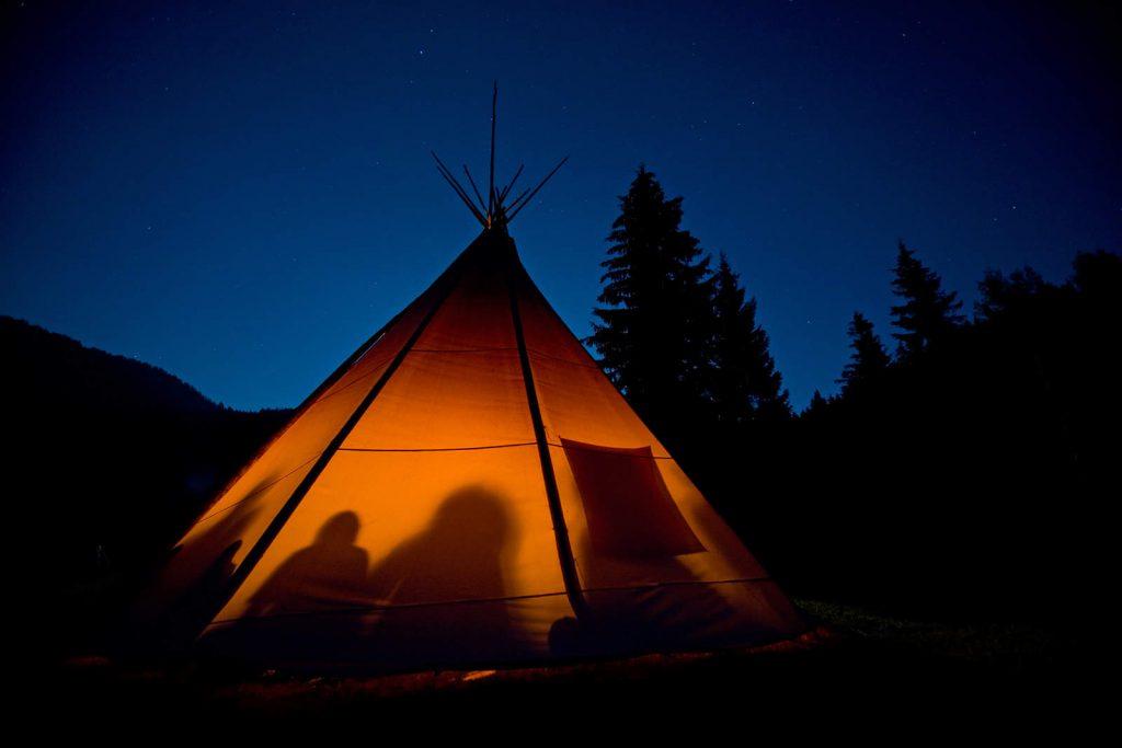 Rainbow kultura osniva se na životnom stilu Hopi indijanaca i na indijskoj duhovnosti